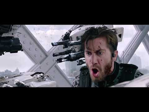Человек-паук Далеко от дома 2019 паук против Мистерио сцены