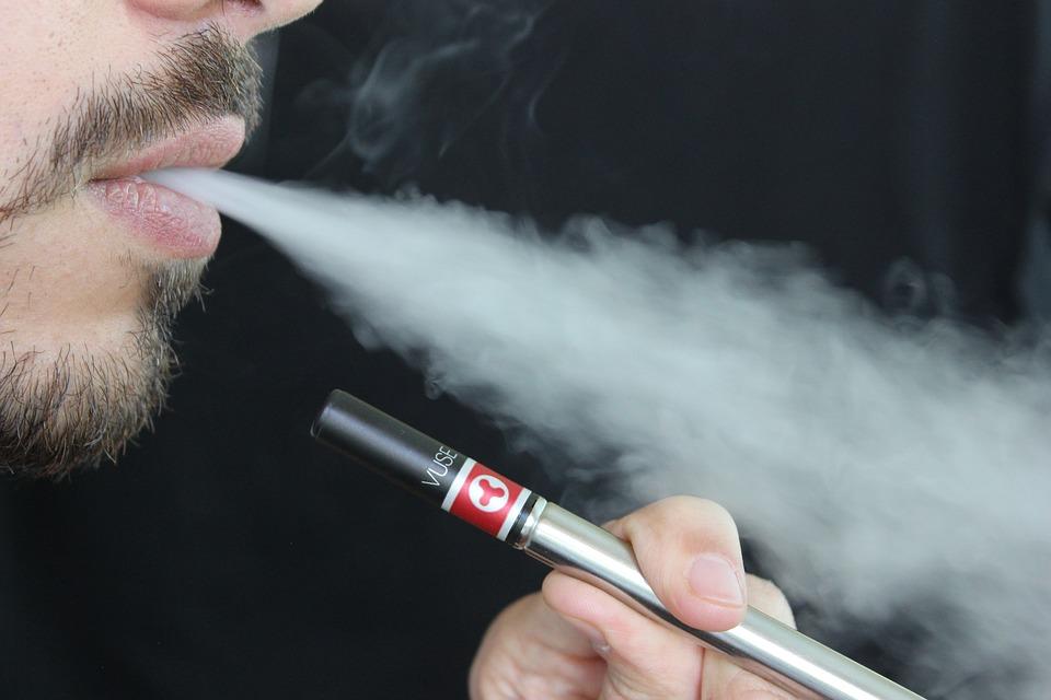 Как электронные сигареты без никотина влияют на кровеносные сосуды?